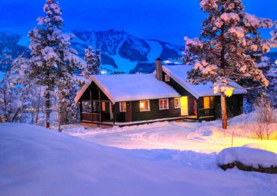 geilolia-hyttetun-hytte-overnatting-blatime-vinter-sno-geilo
